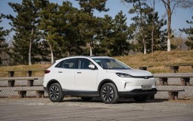 补贴后售13.58万起/3款车型 小鹏G3上市